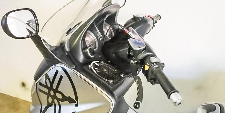 Мегапроект: установка музыки на Yamaha T-Max 500