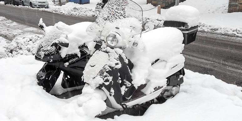 Как подготовить скутер к зимней стоянке?