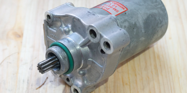 Фланцевые герметики для сборки картера двигателя